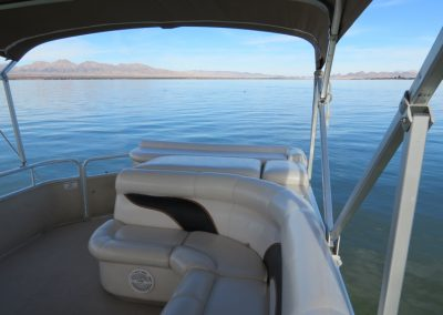 Premier Pontoon 90hp Interier 2
